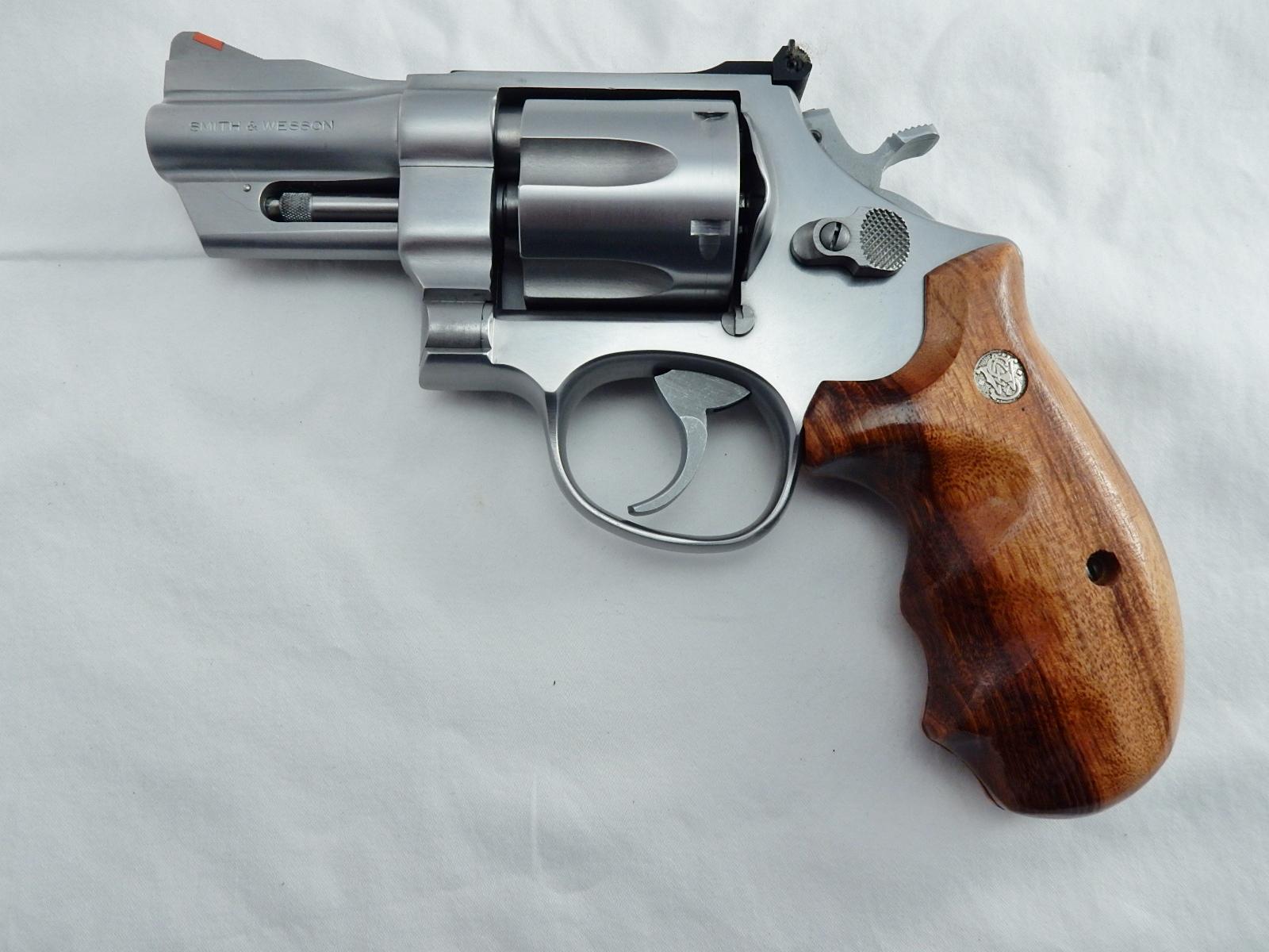 lew horton smith wesson revolvers